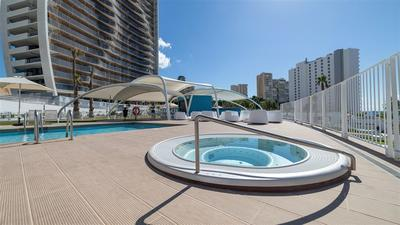 Nový výškový apartmán u moře a pláže, Benidorm, Španělsko