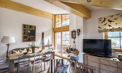 Podkrovní apartmán s terasou a výhledem do přírody, Tyrolsko, Rakousko