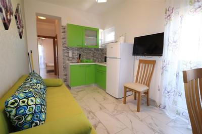 Pěkný apartmán v blízkosti moře i pláže, Vodice, Chorvatsko